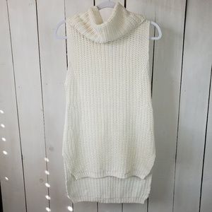 H&M Cream Cowl Tunic Knit Sweater Sz Med NWT